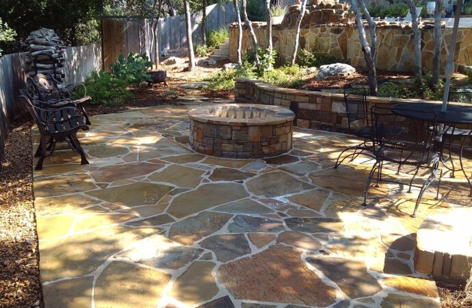 Redwater-Texarkana TX Professional Landscapers & Outdoor Living Designs-We offer Landscape Design, Outdoor Patios & Pergolas, Outdoor Living Spaces, Stonescapes, Residential & Commercial Landscaping, Irrigation Installation & Repairs, Drainage Systems, Landscape Lighting, Outdoor Living Spaces, Tree Service, Lawn Service, and more.
